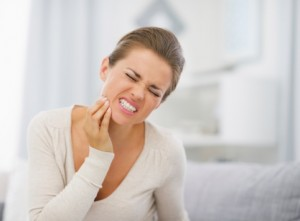 Sensitive Teeth a Common Problem for Young Women