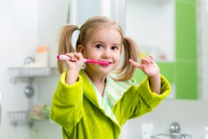 Dental Tips for Parents: Encourage Healthy Brushing Habits Early