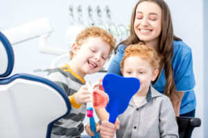 4 Things to Consider When Choosing a Family Dentist in California